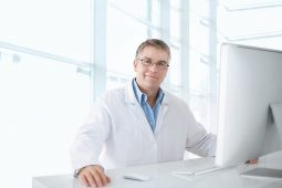 Controle de qualidade no laboratório: uma necessidade incontestável
