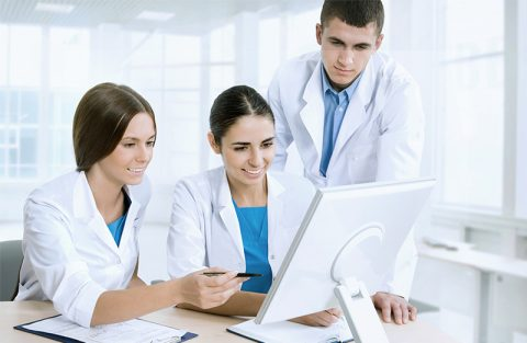 Como a administração de laboratório clínico pode ser mais produtiva?