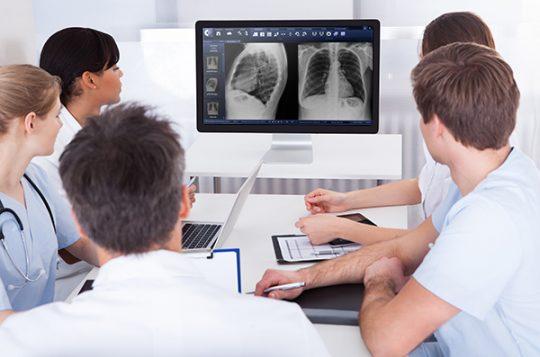 A revolução da radiologia no Brasil: parceria Pixeon e Elsevier