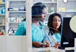 Como organizar a farmácia hospitalar com um sistema para armários