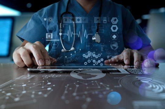 Saúde digital: como os sistemas de gestão podem reduzir custos em hospitais