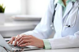 Software para clínicas médicas: conheça dois cases da Pixeon